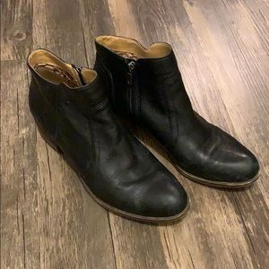 Lucky Brand breck leather ankle booties SZ 10